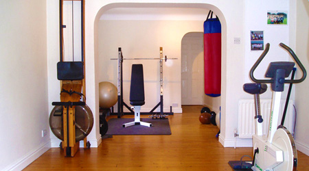 Personal trainer in Formby - our private gym.